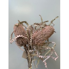 DRIED BANKSIA DYED - LIGHT PINK